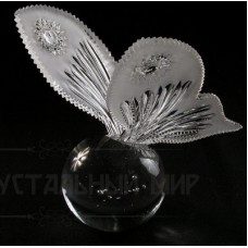 "Сувенир ""Бабочка на шаре"""