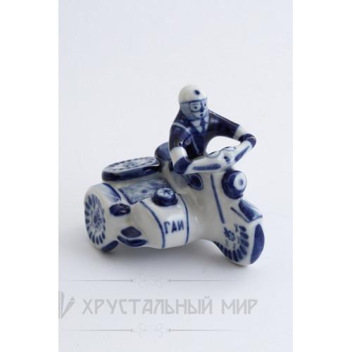 Скульптура Мотоциклист авт. Федоровская Т.Д.